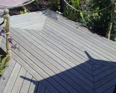 Timber decking photo of Harlow garden centre 07