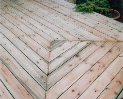 Timber decking photo of Harlow garden centre 08