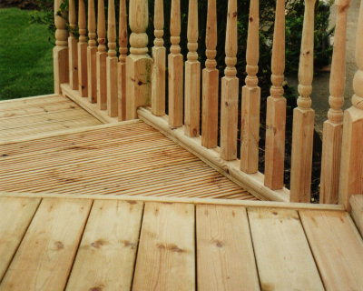 Timber decking photo of Harlow garden centre 09