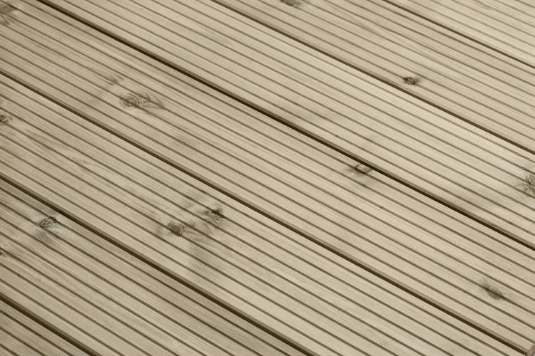 Q-Deck winchester decking grooved profile in situ
